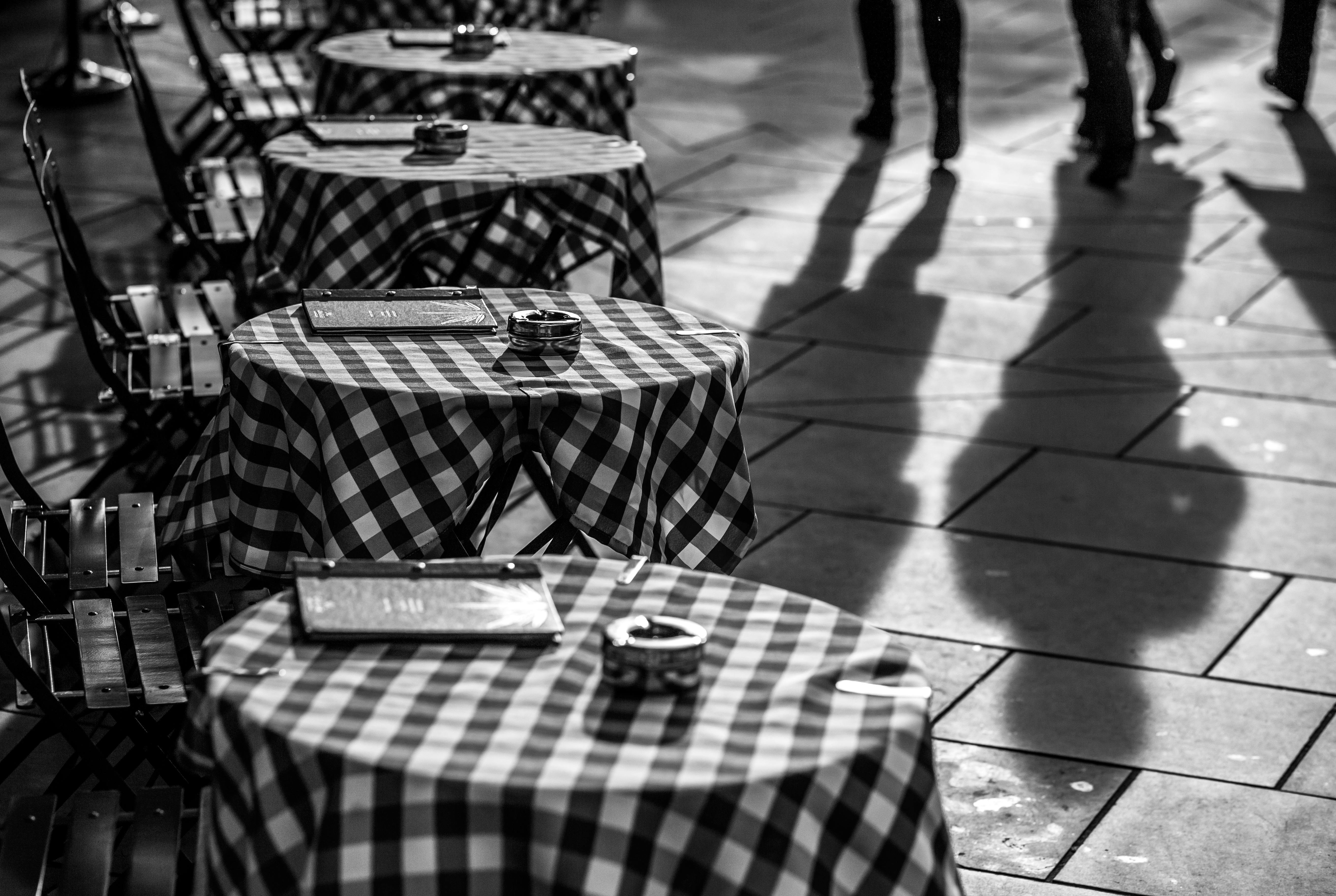 Lifestyle shot Cafe
